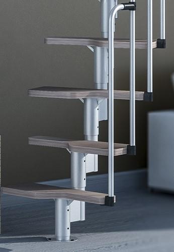 1 extra treden + tussenstuk voor multi inzetbare trap