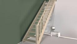 Rechte trappen van dennenhout