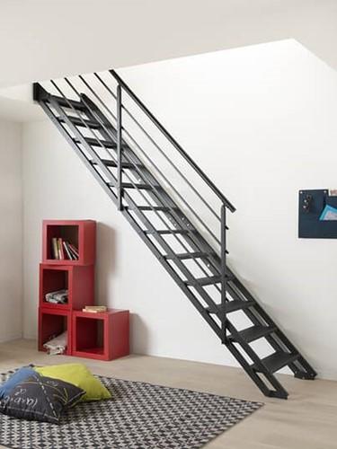 "Moderne stalen trap ""POP"" Zwart"